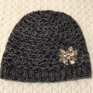 Accessories - NWOT Knitted toque with embellished gems